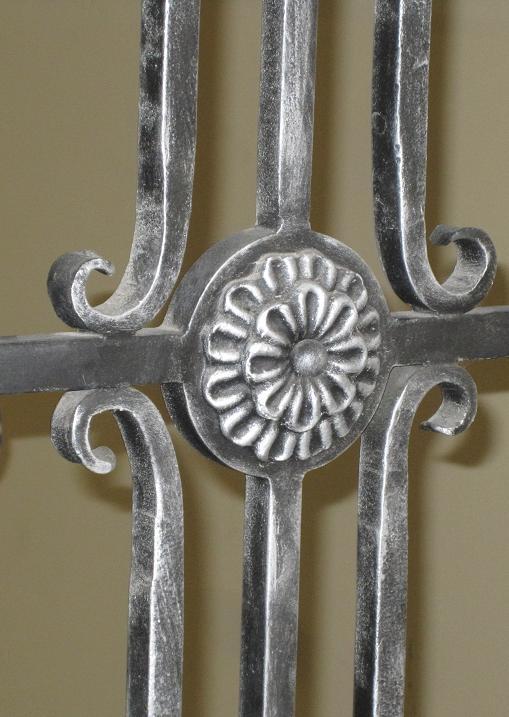 Metāldarbnīca Patinesana Patinēts metāla elements