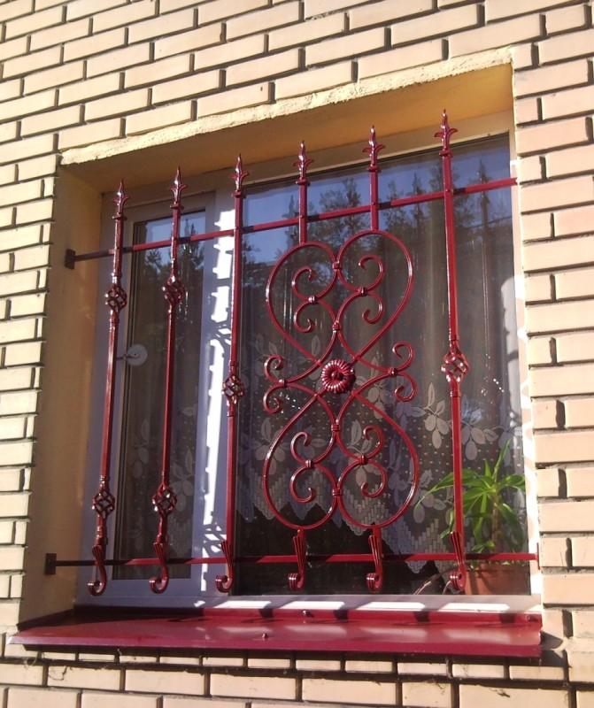 Metāldarbnīca Restes-e1393946436777 Krāsotas loga restes