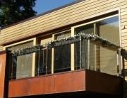 Metāldarbnīca Stikla-Margas-180x138 Metāla - stikla balkona margas