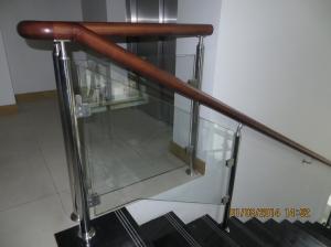 Metāldarbnīca Nerusejosa-marga-ar-stiklu-Inox-300x224 Nerūsējoša tērauda margas