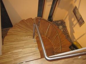 ergonomiskas kāpnes