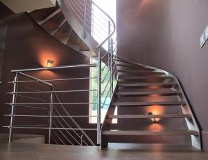 Liektas kāpnes