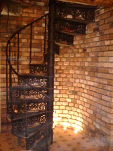 ekskluzīvas čuguna kāpnes